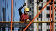 Negara-negara Lain Resesi, Pertumbuhan Ekonomi China Hampir 5 Persen