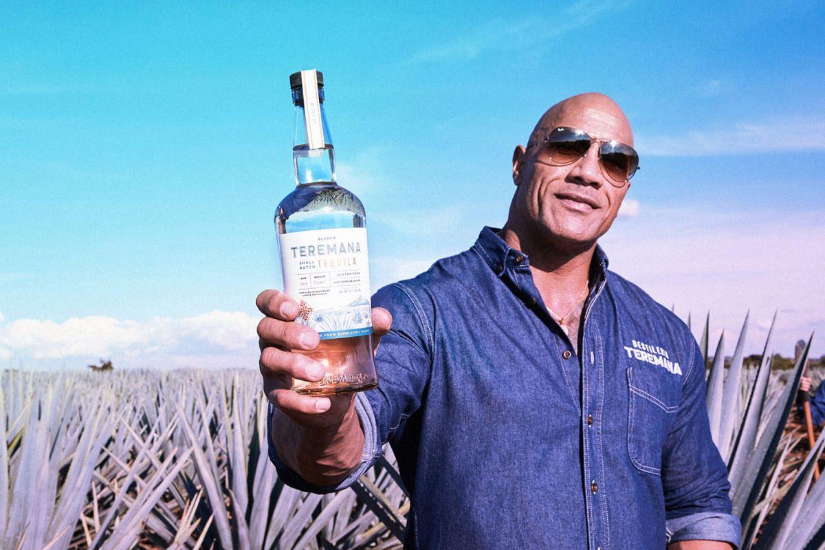 Dwayne Johnson Hadiahi Tequila Untuk Nenek Berusia 101 Tahun