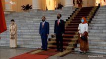 Jokowi Bertemu PM Jepang Yoshihide Suga di Istana Bogor