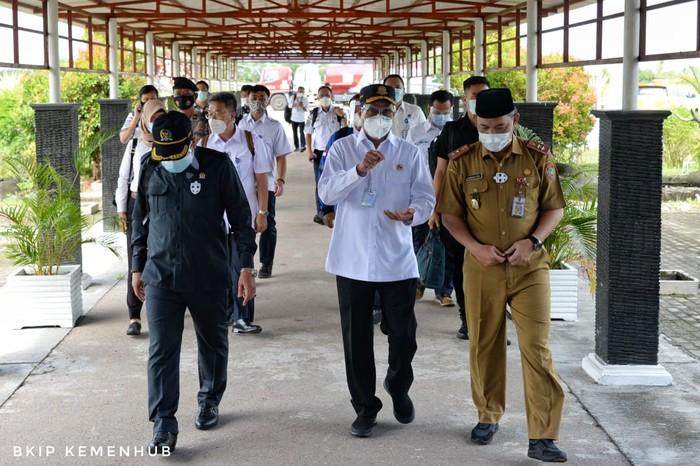 Kementerian Perhubungan siap mendukung kelancaran distribusi logistik untuk Kawasan Lumbung Pangan Nasional atau Food Estate di wilayah Kalimantan Tengah.