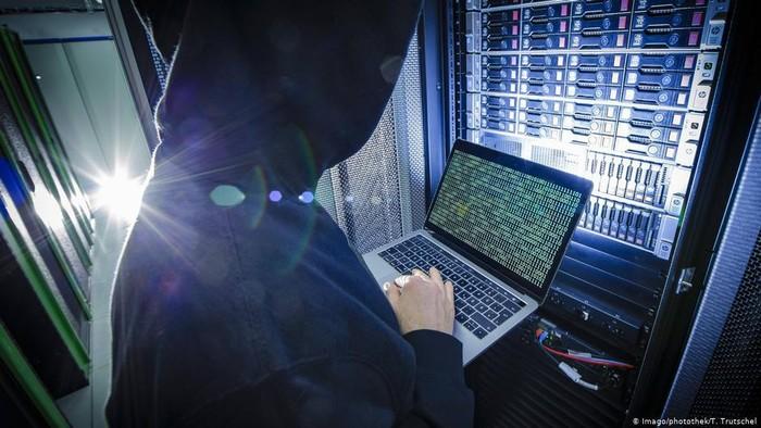 Lakukan Berbagai Serangan Siber, AS Ajukan 6 Perwira Intelijen Rusia ke Pengadilan