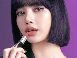 Penampilan Cantik Lisa Blackpink Jadi Bintang Iklan Kosmetik MAC
