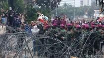 Video Bujukan Marinir Bubarkan Massa Aksi di Patung Kuda
