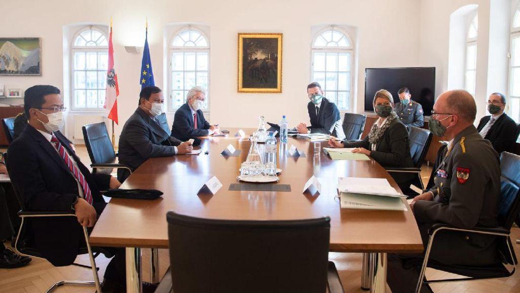 Di Wina, Menhan Prabowo Bahas Kerja Sama Pertahanan RI-Austria
