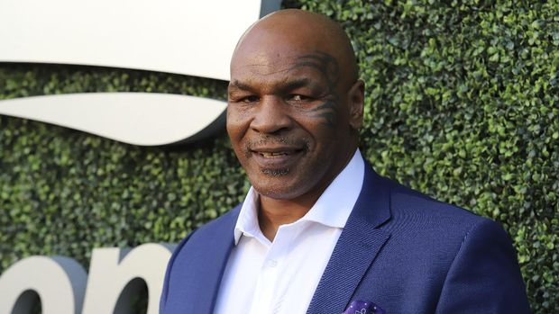 Mike Tyson attends the opening night ceremony of the U.S. Open tennis tournament at the USTA Billie Jean King National Tennis Center on Monday, Aug. 27, 2018, in New York. (Photo by Greg Allen/Invision/AP)