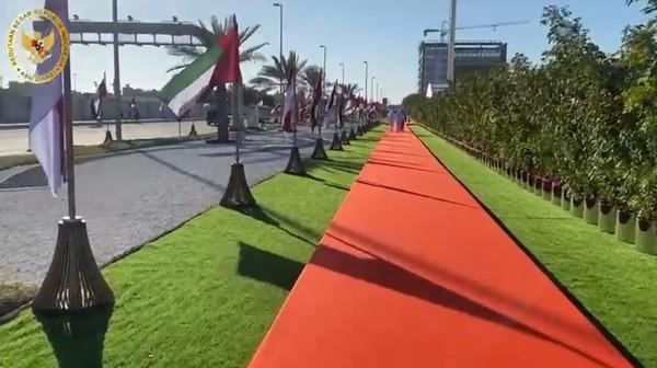 Jalan Presiden Joko Widodo terletak di salah satu ruas jalan utama, yang membelah ADNEC (Abu Dhabi National Exhibition Center) dengan Embassy Area, kawasan yang ditempati sejumlah Kantor Perwakilan Diplomatik.