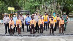 Desa di Jombang Sabet Juara I Lomba Kampung Tangguh Semeru Tertib Lalu Lintas