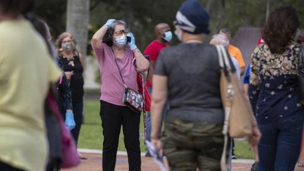 Florida Mulai Pemungutan Suara Pemilu AS, Pemilih Pakai Masker-Jaga Jarak