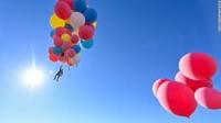 Viral Pria Terbang Pakai Jetpack, Ini 4 Penerbang Misterius Lainnya