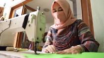 Cerita Asih, Penjahit yang Mampu Berdayakan Warga Sekitar Saat Pandemi
