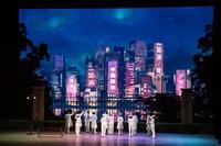 Para pemain melakukan peran selama opera yang bertajuk Angels Diary di Wuhan, provinsi Hubei, China.
