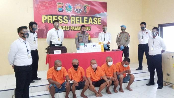 5 Pelaku pencurian konter HP di Pasangkayu, Sulbar diamankan polisi (dok. Istimewa).