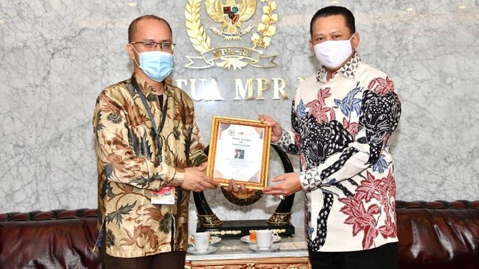 Bamsoet dan omunitas Wartawan dan Netizen Indonesia (KAWAN NESIA)