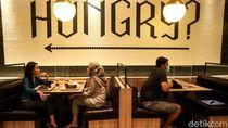 Jakarta PSBB Transisi, Warga Bisa Makan di Restoran Lagi