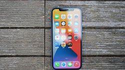 Review iPhone 12 Bermunculan, Harus Beli atau Tahan Diri?