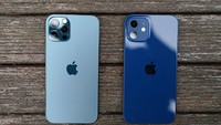 Ini Para Pemilik Pertama iPhone 12 di Dunia