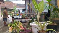 Penataan desa itu menghabiskan wkatu delaman delapan bulan dan biaya Rp 70-80 juta.