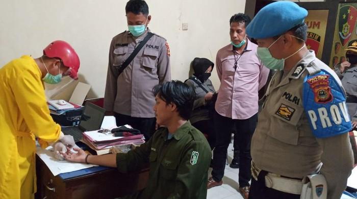 Mahasiswa di Palopo ditahan karena orasi menghina polisi (dok. Istimewa).