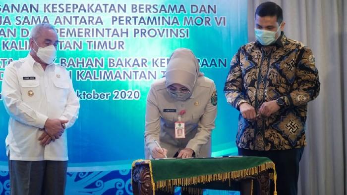 Pertamina MOR VI Kalimantan dan Pemerintah Provinsi (Pemprov) Kalimantan Timur menandatangani kesepakatan rekonsiliasi data pajak bahan bakar kendaraan bermotor