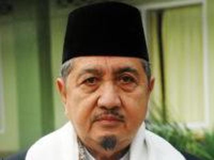Pimpinan Pondok Modern Darussalam Gontor Ponorogo KH Abdullah Syukri Zarkasyi, meninggal