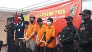 6 Pengeroyok Polisi di Demo Ricuh di Jakbar Juga Jarah HP-KTA Korban