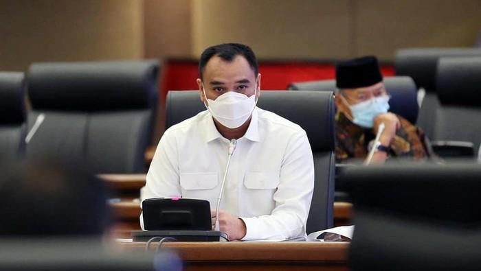 Sekretaris Fraksi Golkar DPRD DKI Jakarta