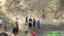 Tentang Makam dalam Viral Warga Ponorogo Gotong Jenazah Menyeberangi Sungai
