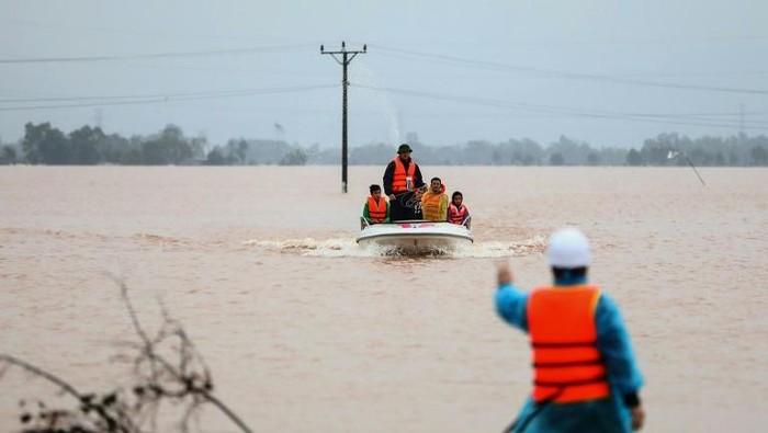 Vietnam dilanda banjir dan tanah longsor (AFP Photo)