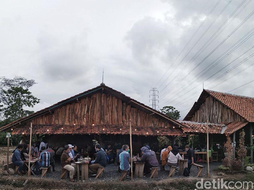 Foto: Talun, Destinasi Wisata Kuliner Baru di Cirebon