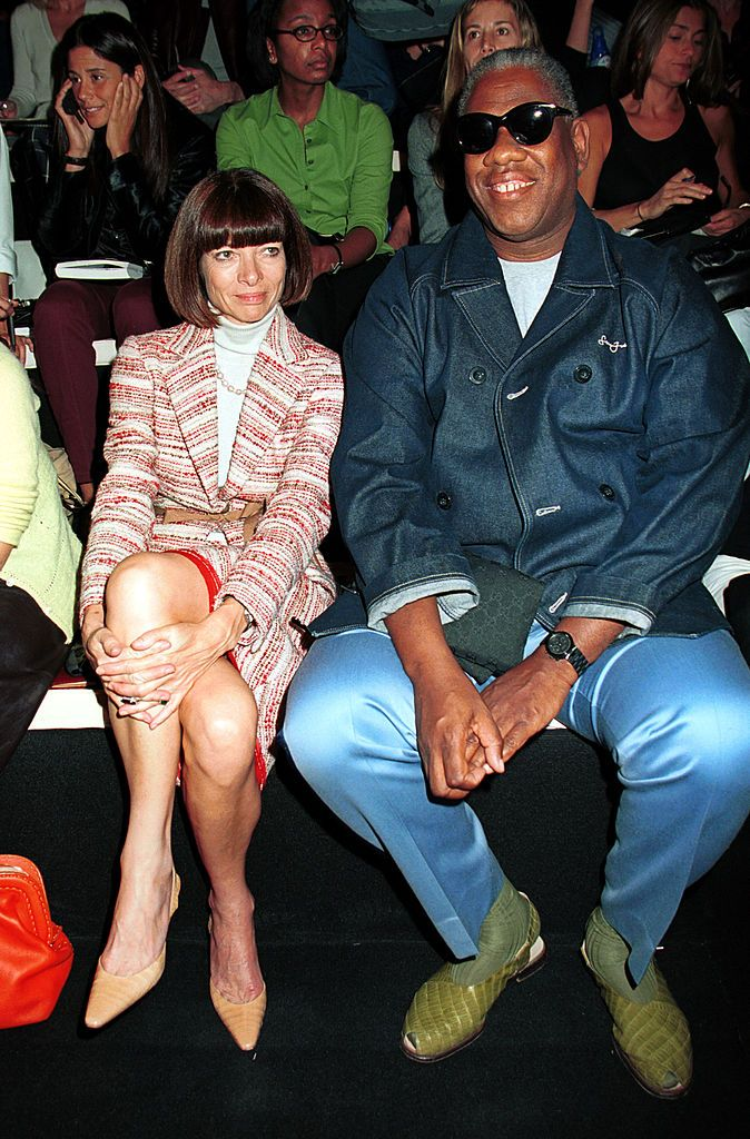 378999 05: Vogue editors Anna Wintour and Andre Leon Talley attend the Donna Karan Spring 2001 collection in women's fashion during the