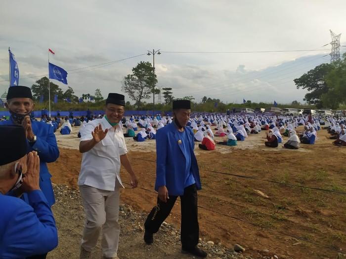 Calon Wakil Gubernur Sumatera Barat, Indra Catri melakukan safari politik ke Perguruan Maju Sehat Bersama (Mahatma), Kabupaten Dharmasraya.
