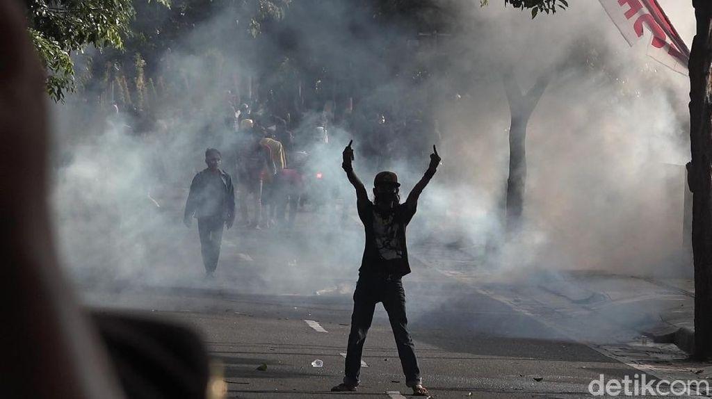 Polisi Sebut Demo Omnibus Law di Banyuwangi Ricuh Karena Ditunggangi