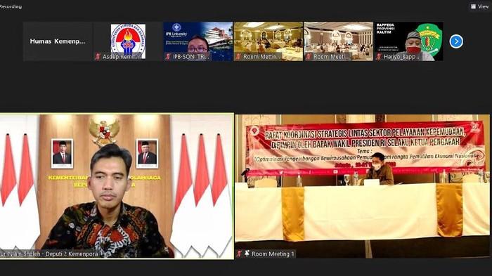Deputi Pengembangan Pemuda Kemenpora Asrorun Niam
