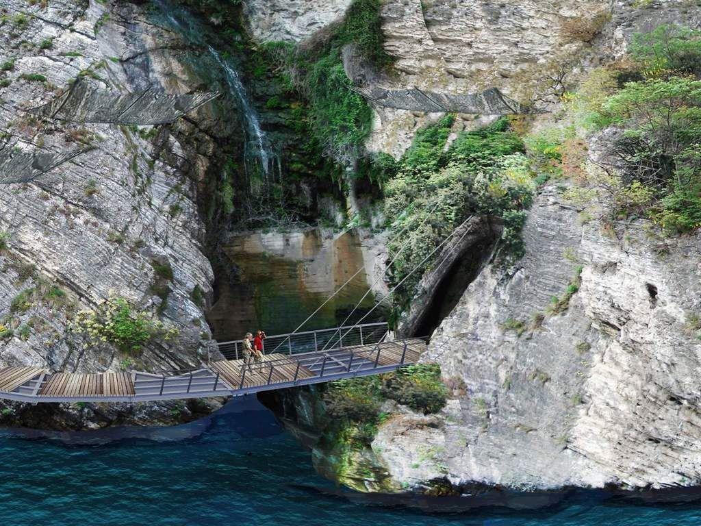 Jalur sepeda di Danau Garda, Italia