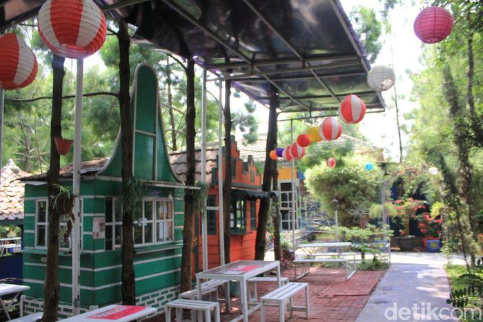 Kampung Tulip di Bandung