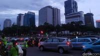 Demo Omnibus Law Selesai, Massa Buruh Bubar dari Patung Kuda