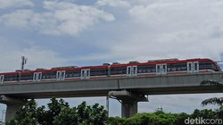 LRT Jabodebek Siap Operasi Setahun Lagi