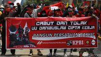 Ribuan Buruh Demo Tolak Omnibus Law ke Istana 2 November