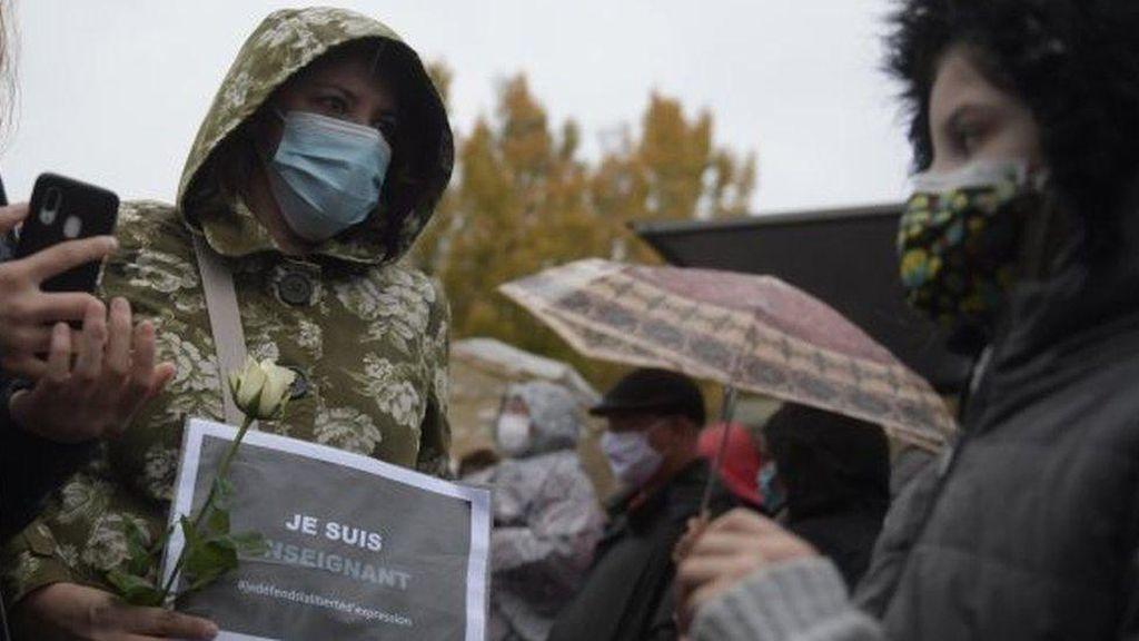 7 Orang Akan Didakwa Terkait Pemenggalan Guru Prancis, Termasuk 2 Murid