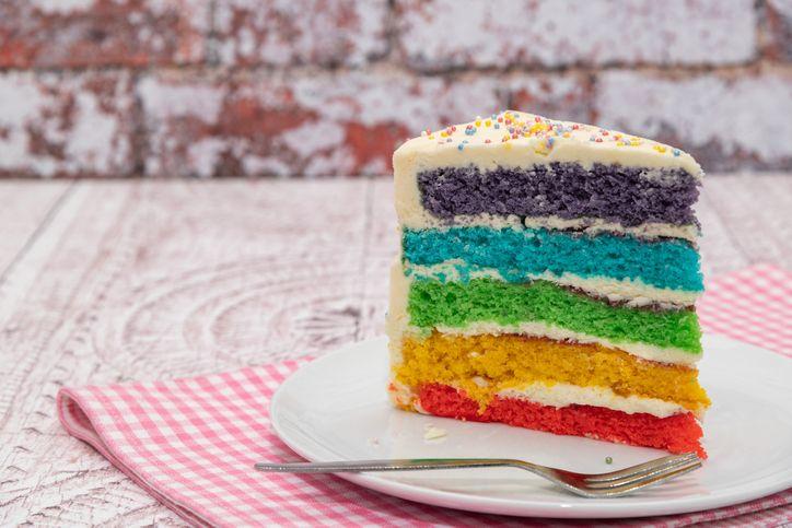 Bendera LGBT Diwujudkan dalam Warna-warni Rainbow Cake?