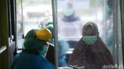 Pemprov Jabar melakukan simulasi vaksinasi COVID-19 di Kota Depok, Kamis (22/10/2020). Simulasi pemberian vaksin terdiri dari enam tahapan.