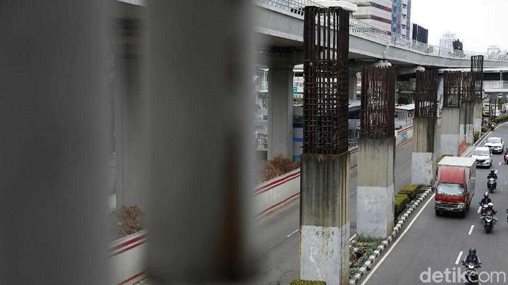 Ketimbang Dicabut, Tiang Monorel Mending Disulap Jadi Skywalk