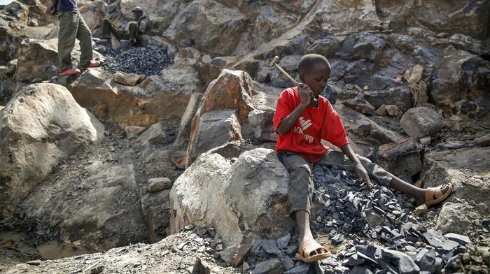 Jumlah pekerja anak di Kenya dilaporkan meningkat selama pandemi COVID-19.