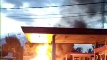 Video Detik-detik Mobil Bermuatan Elpiji Terbakar di SPBU Cianjur