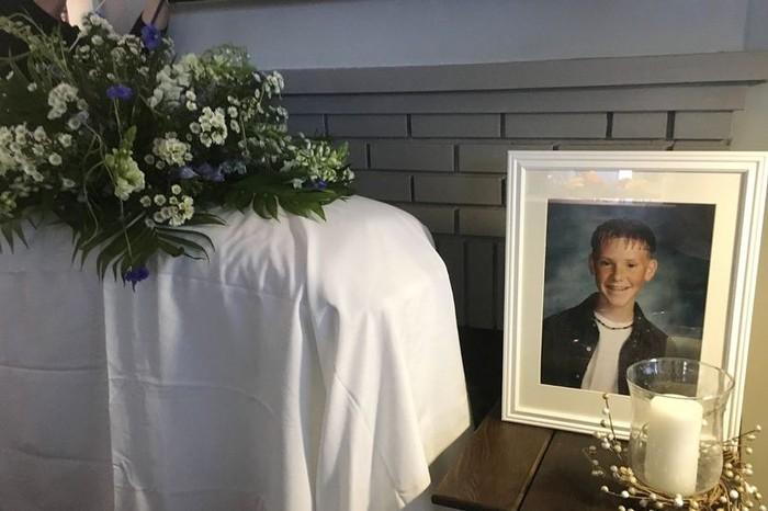 Pria dapat kejutan upacara pemakaman