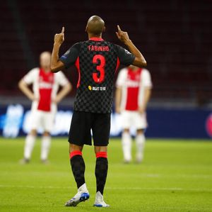 Fabinho, Siap-siap Gantikan Van Dijk Ya!