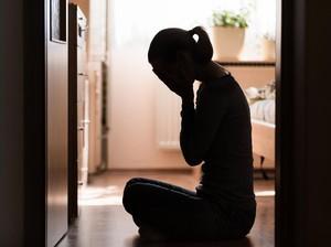 Curhat Kecurigaan Pasangannya Selingkuh, Wanita Ini Malah Dapat Ejekan