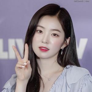 10 Potret Cantik Irene Red Velvet, Idol KPop yang Terungkap Bersikap Kasar