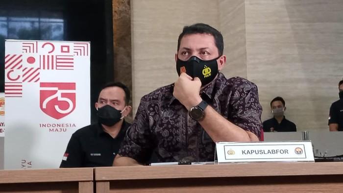 Kalabfor Polri Brigjen Ahmad Haydar memberi penjelasan soal kebakaran Kejagung
