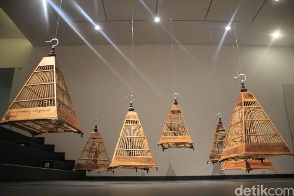 Finance Art Managemen Lawang Wangi Artsociates Yori mengatakan, sejak dibuka pada 2012 lalu, Lawang Wangi sudah banyak menyajikan pameran, diskusi, dan lokakarya ratusan seniman lokal maupun mancanegara.